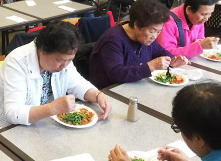 Calgary Chinese Elderly Citizens' Association - Social services